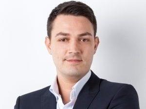Grenzgänger - Versicherung & Service   Teamfoto Martin Häusler